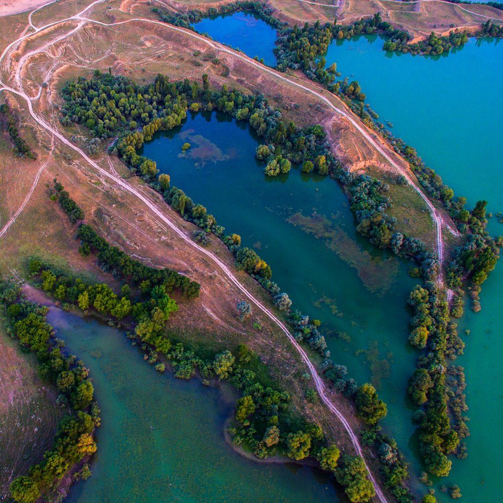Берег ала-арчинского водохранилища