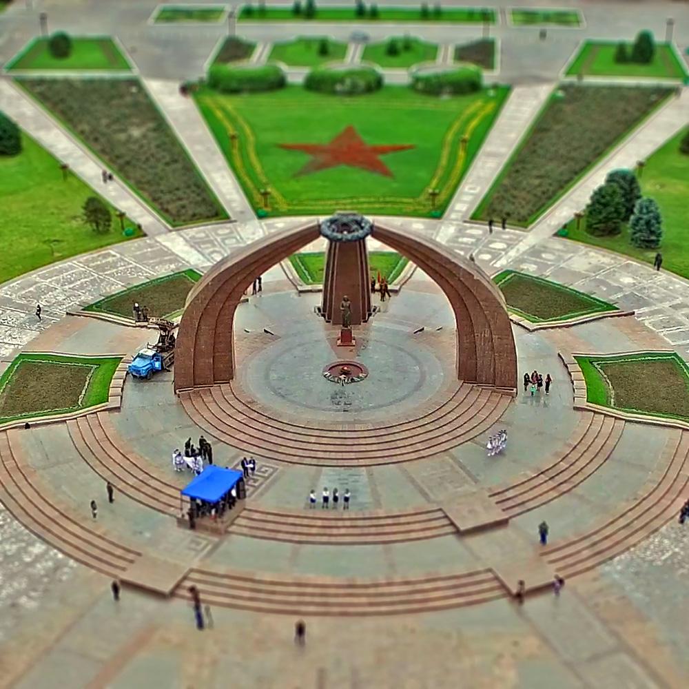 Площадь Победы в Бишкеке